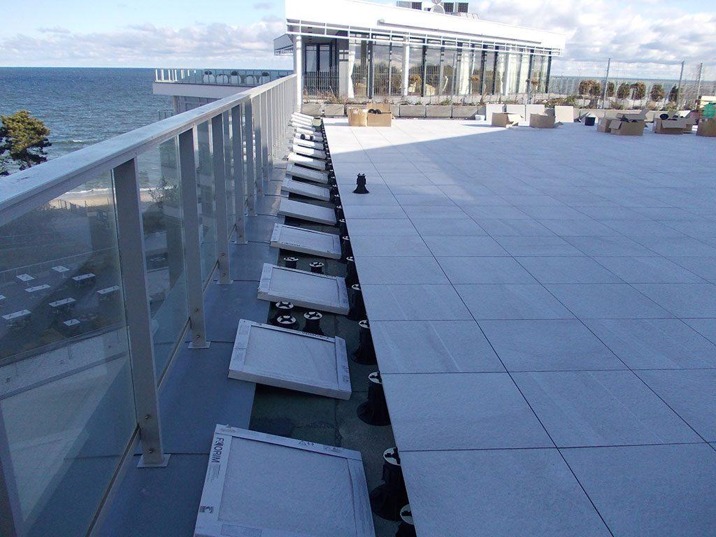 particolare costruttivo della terrazza dell'edificio Dune City