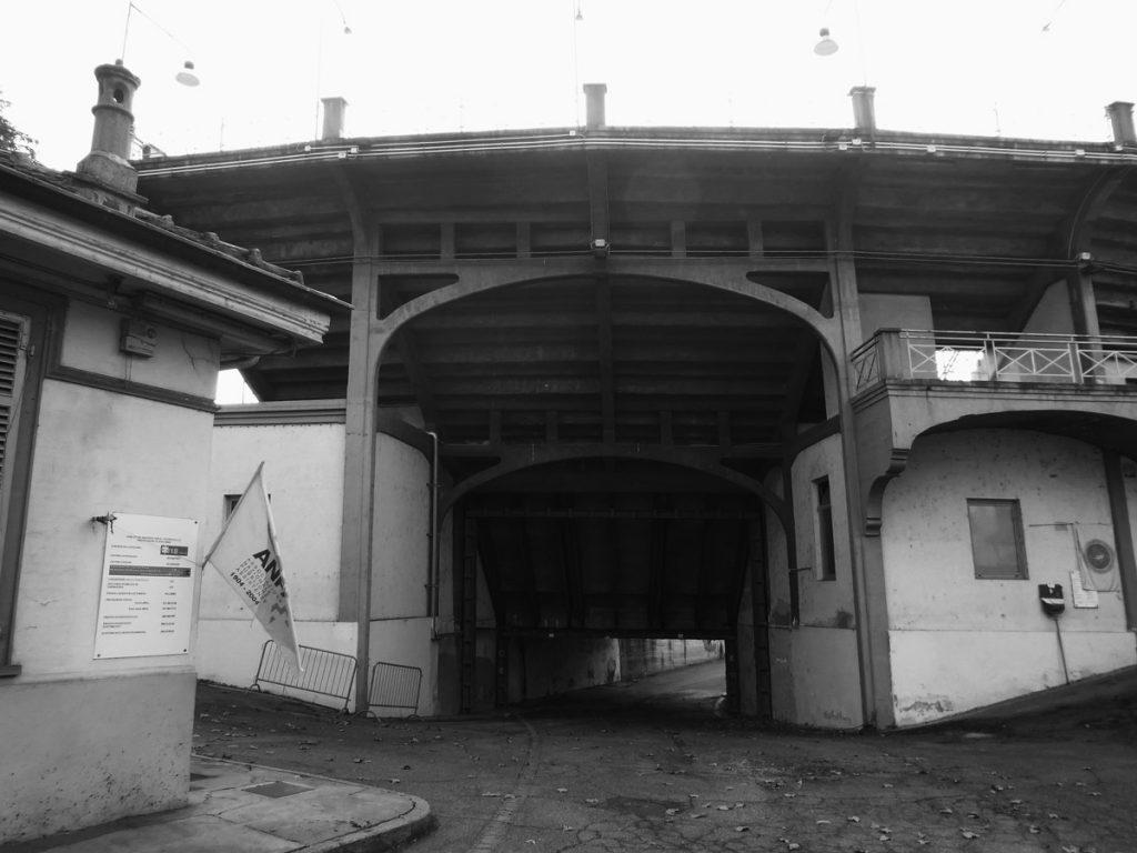 Tunnel di entrare della struttura sportiva