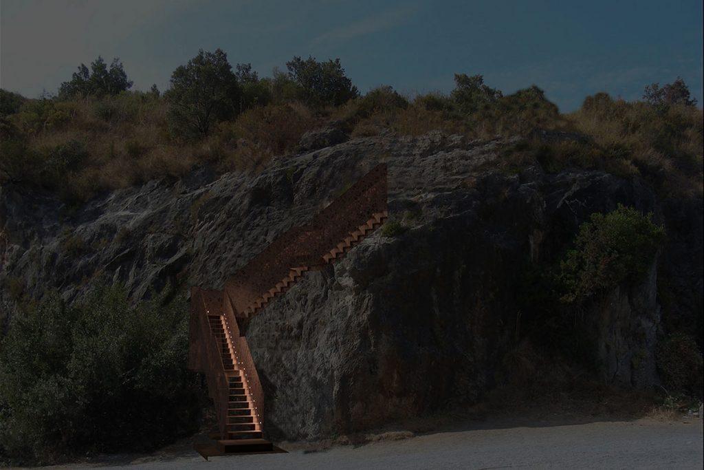 Scala in acciaio corten alla Spiaggia dell'Arcomagno, San Nicola Arcella