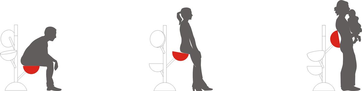 Persone sedute su sedie a forma di bolla