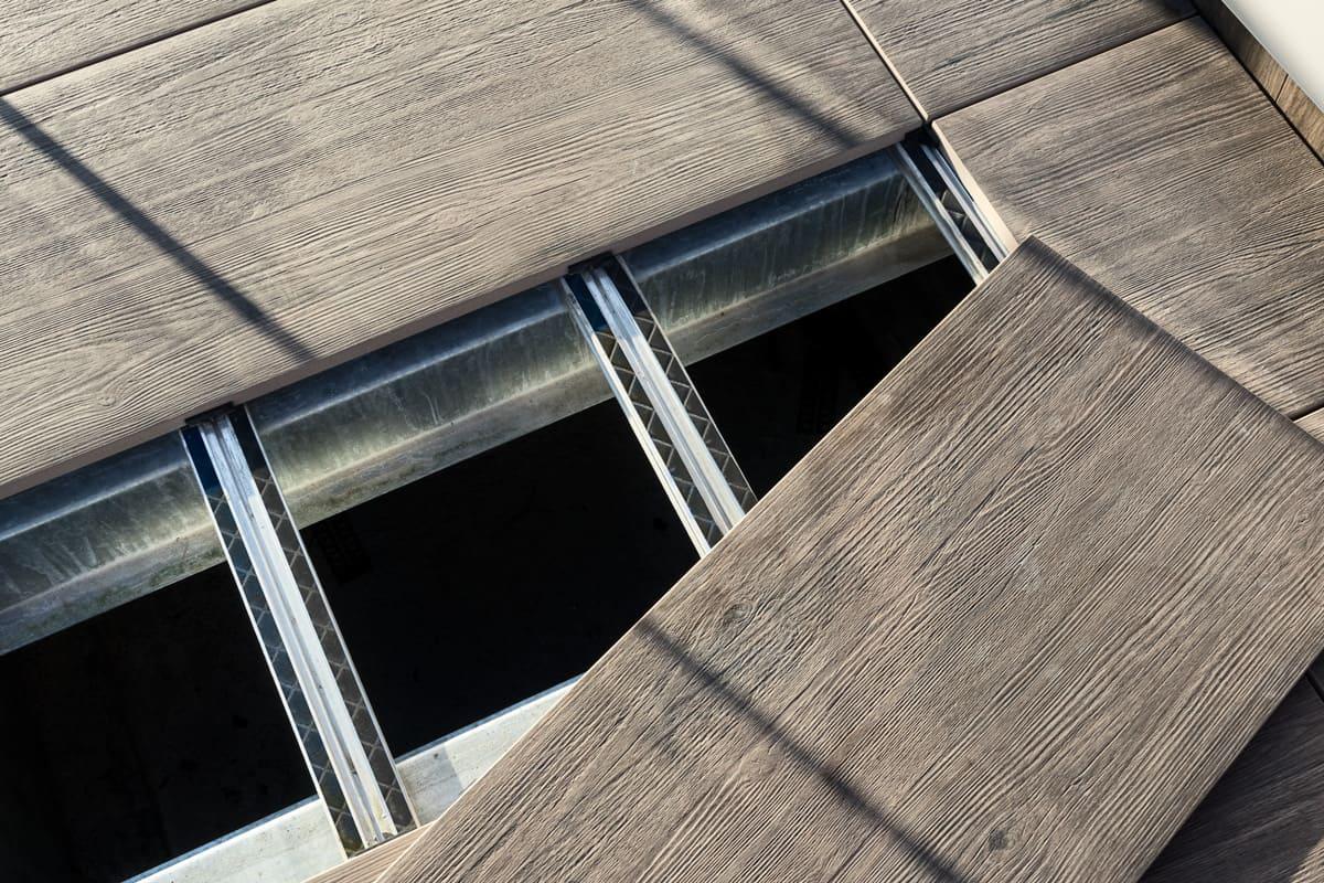dettagli del sopraelevato con travetto in alluminio