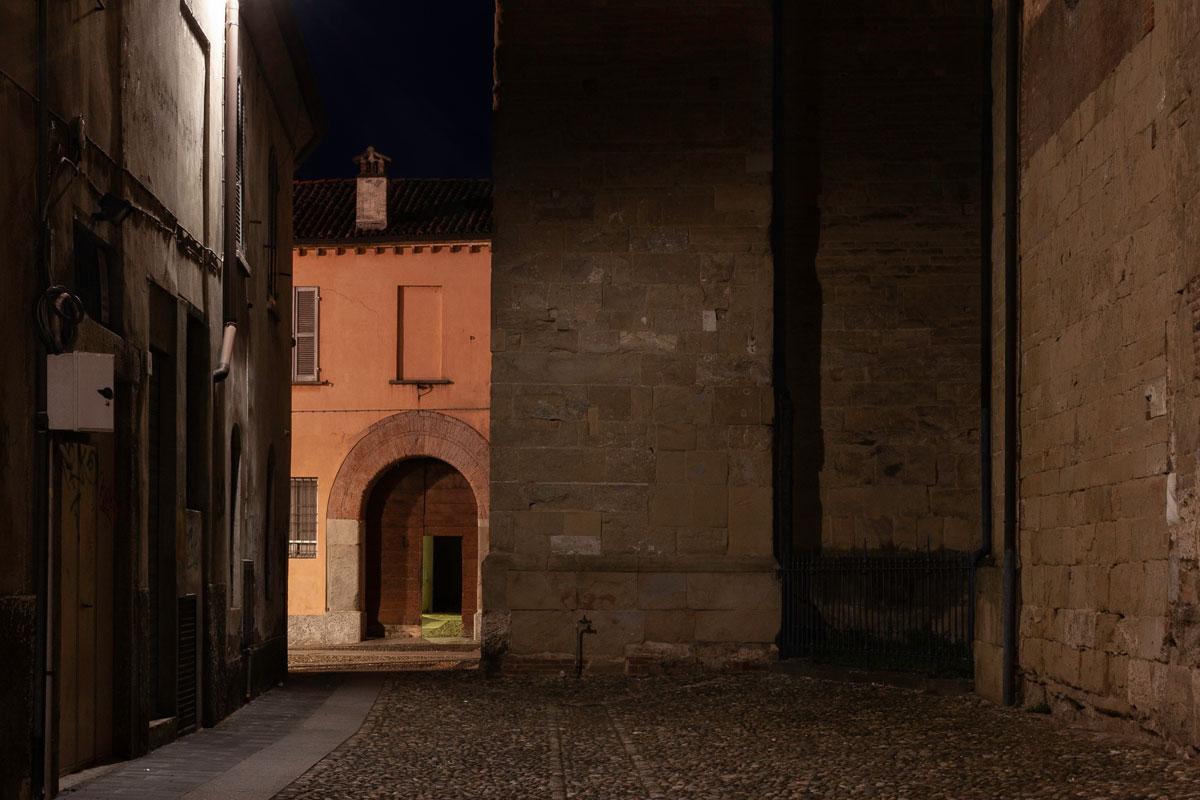 Basilica di San Michele di notte