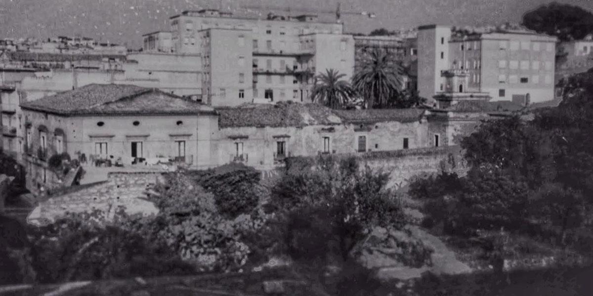 Vecchia foto del Palazzo Beneventano